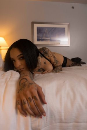 Illyana escort girl in Newport News VA